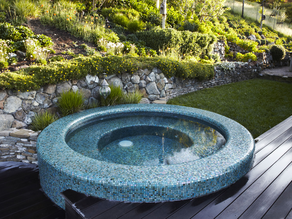 Aquascape | Premier Custom Crafted PoolsAbout Us   Aquascape | Premier  Custom Crafted Pools